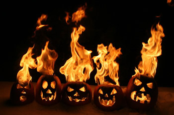 flaming_pumpkins